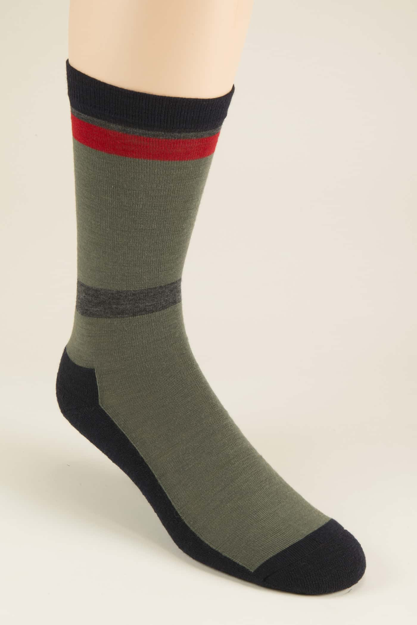 Hartington-B-Black-Grey-Red